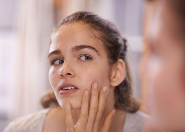 ¿Cómo puedo hidratar la piel seca?